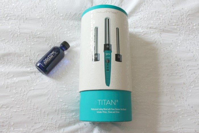 A picture of Nu Me Titan 3 curling wand