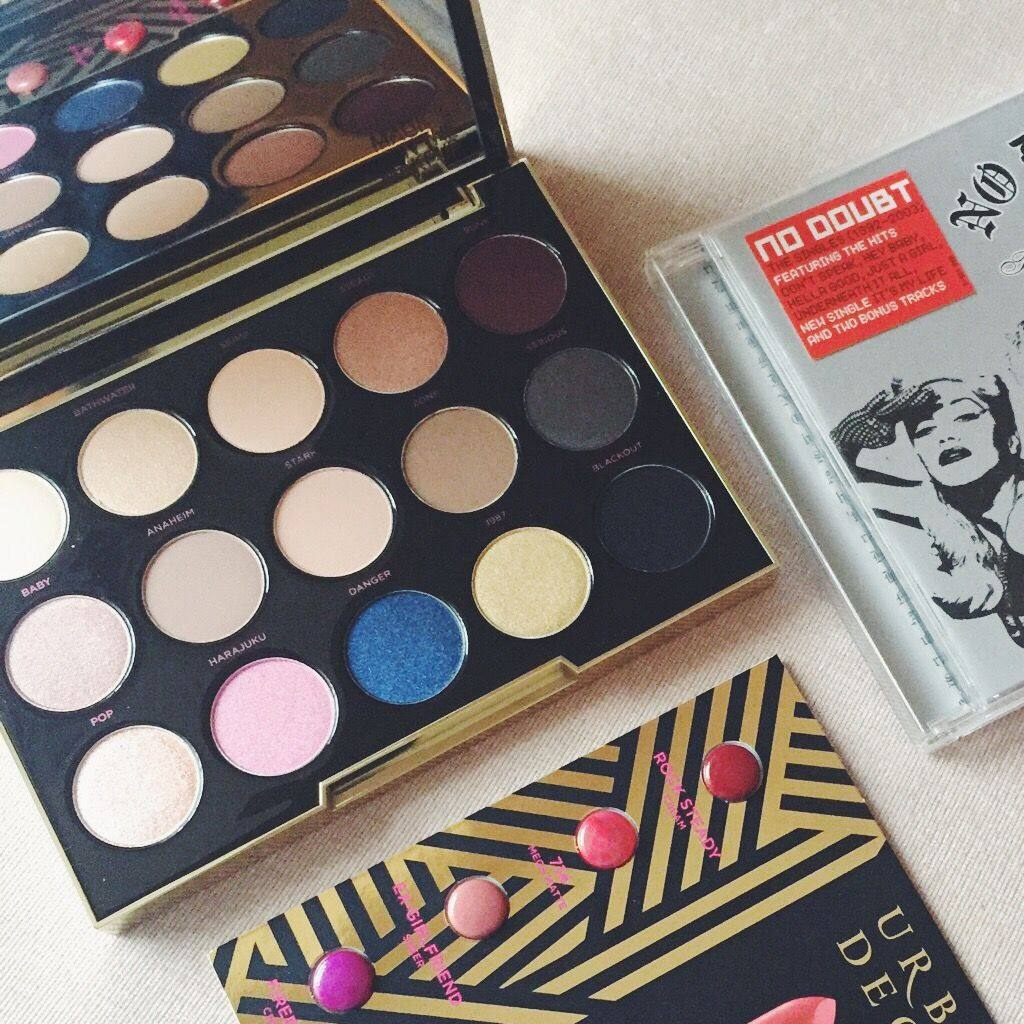 A picture of Urban Decay Gwen Stefani eyeshadow palette