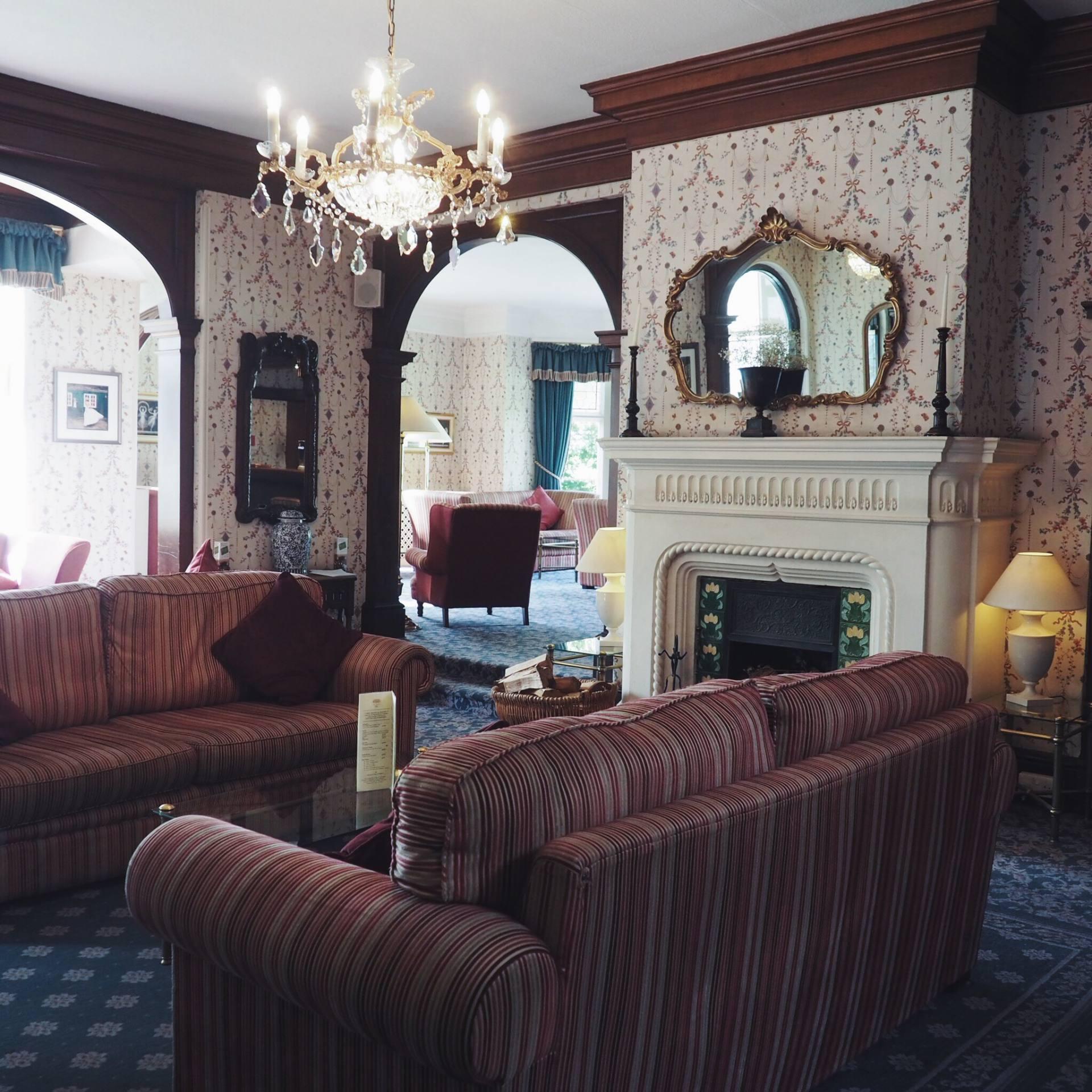 Coed-Y-Mwster Hotel, Bridgend